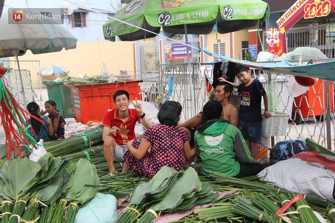 Giá thịt heo tăng cao, chợ lá dong ở Sài Gòn đìu hiu vì sức mua giảm 40%, tiểu thương mắc võng ngủ giữa ban ngày - ảnh 14