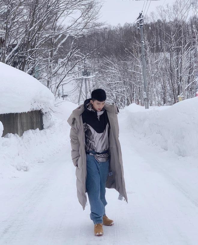 Con trai Hoa hậu Thu Hoài được chú ý vì vẻ ngoài điển trai hệt như nam chính phim ngôn tình - ảnh 7