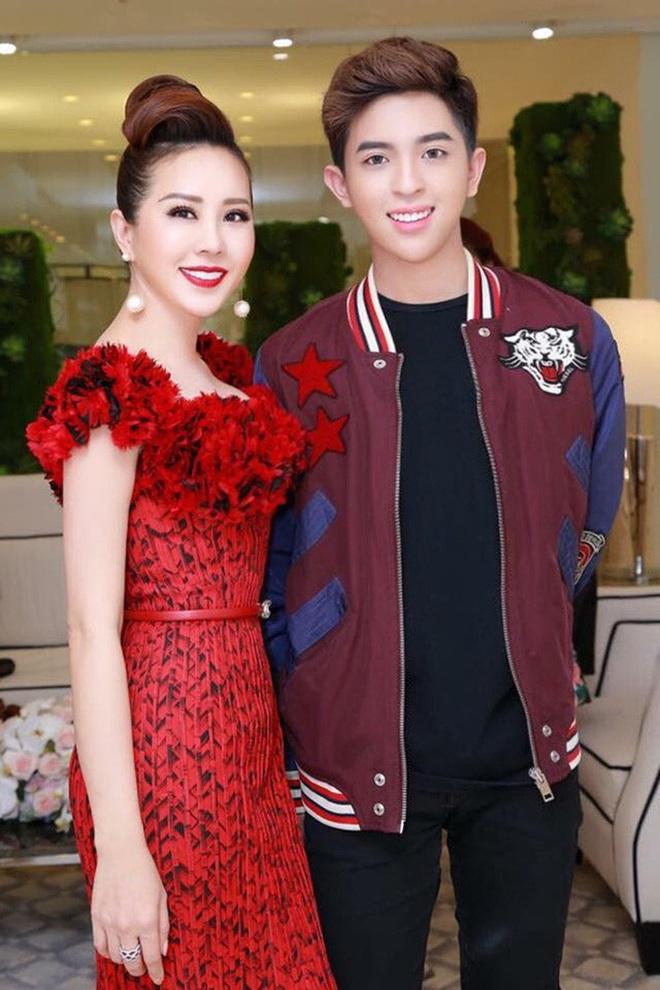 Con trai Hoa hậu Thu Hoài được chú ý vì vẻ ngoài điển trai hệt như nam chính phim ngôn tình - ảnh 2