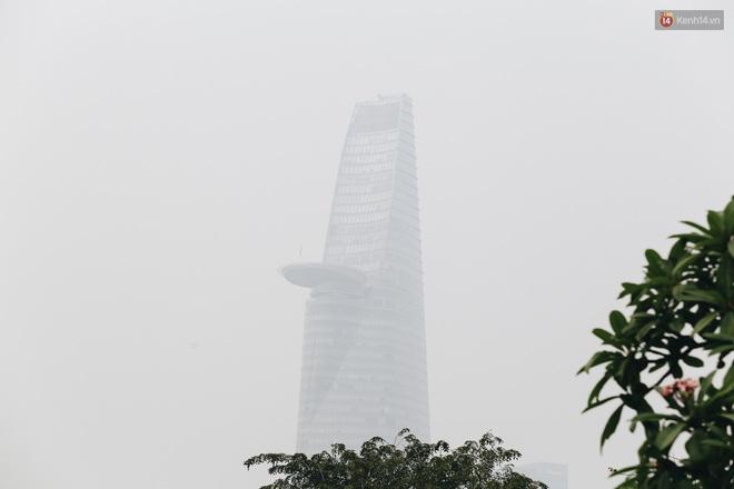 Toà nhà cao nhất Việt Nam mờ ảo trong bụi mù, Sài Gòn tiếp tục bị ô nhiễm nặng những ngày giáp Tết - ảnh 7