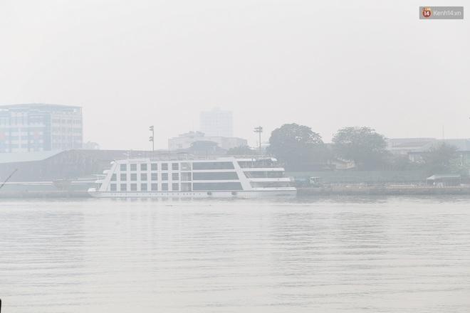 Toà nhà cao nhất Việt Nam mờ ảo trong bụi mù, Sài Gòn tiếp tục bị ô nhiễm nặng những ngày giáp Tết - ảnh 17