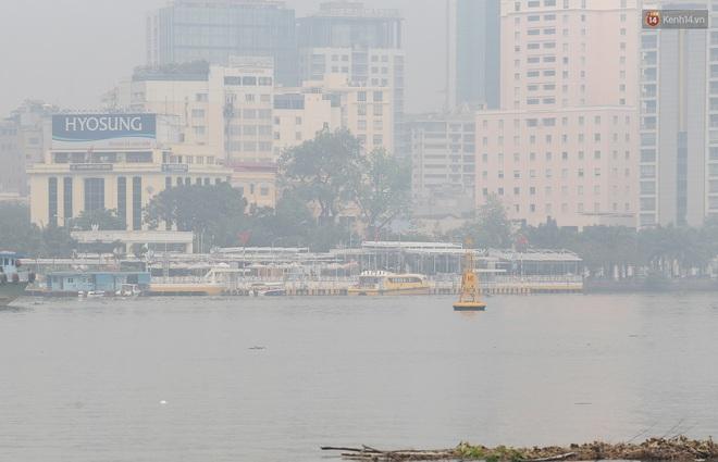 Toà nhà cao nhất Việt Nam mờ ảo trong bụi mù, Sài Gòn tiếp tục bị ô nhiễm nặng những ngày giáp Tết - ảnh 16