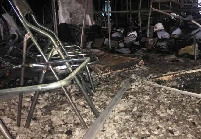 Hiện trường vụ cháy tòa nhà dầu khí Thanh Hóa khiến 2 người chết, 13 người bị thương - ảnh 7