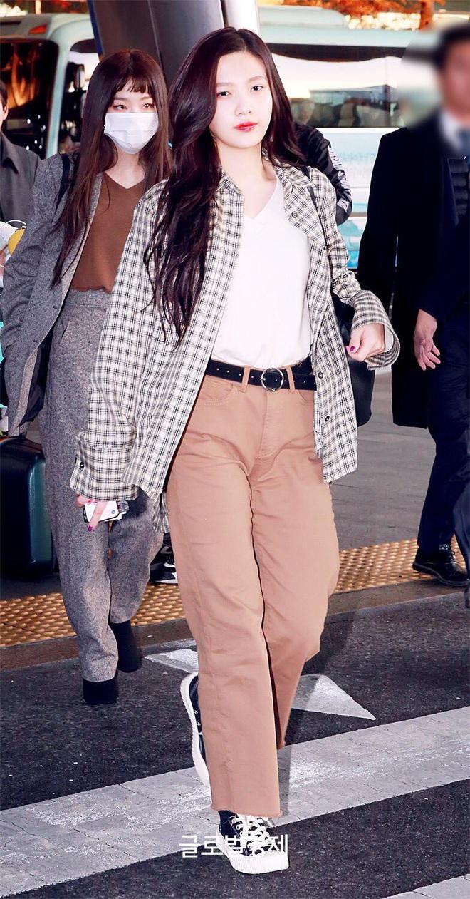 Từ câu chuyện ăn mặc của Joy cho thấy: Mặc đẹp đã khó, mặc để cho netizen Hàn thấy là đẹp còn khó hơn! - ảnh 2