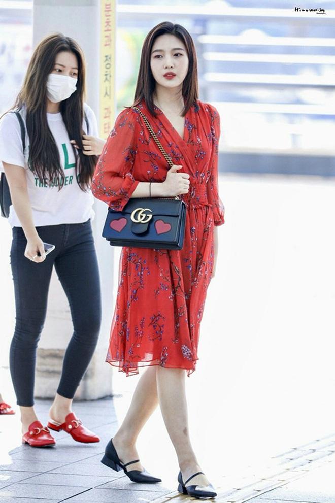 Từ câu chuyện ăn mặc của Joy cho thấy: Mặc đẹp đã khó, mặc để cho netizen Hàn thấy là đẹp còn khó hơn! - ảnh 1