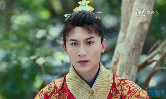 Top danh sách 5 sao nam cổ trang kém sắc nhất màn ảnh Trung: Nam thần Lý Hiện - Vương Nhất Bác bỗng bị réo tên - ảnh 5