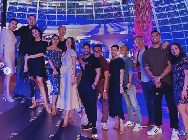Vợ chồng Hà Tăng và nhóm bạn tổ chức tiệc sinh nhật muộn cho Louis Nguyễn tại Philipines: Nhìn qua đã thấy sang chảnh! - ảnh 1