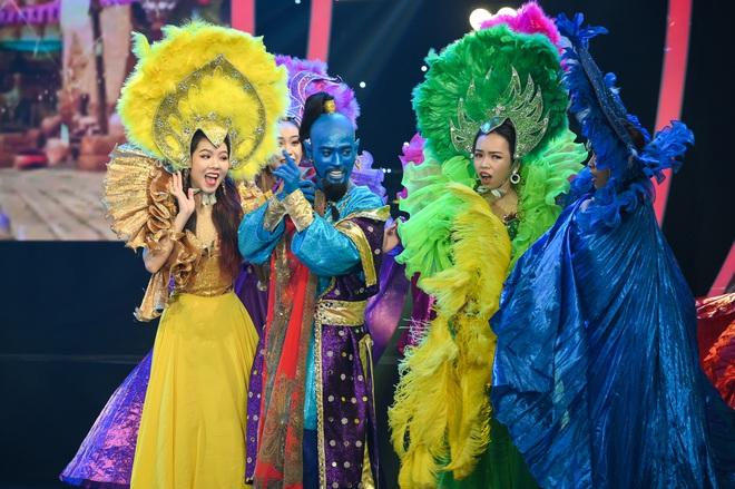 Giả 4 nữ ca sĩ hàng đầu Vpop, Nhật Thủy ẵm ngay ngôi Quán quân Gương mặt thân quen 2019! - ảnh 8