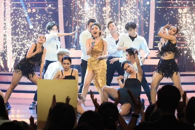 Giả 4 nữ ca sĩ hàng đầu Vpop, Nhật Thủy ẵm ngay ngôi Quán quân Gương mặt thân quen 2019! - ảnh 5