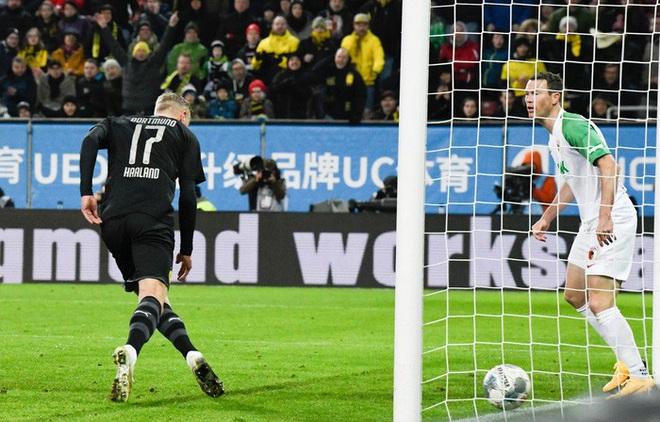 Khó có màn ra mắt nào ấn tượng hơn: Tiền đạo kiêm kỷ lục gia được săn đón nhất châu Âu được thay vào sân phút 56, đến phút 79 ghi xong 3 bàn - ảnh 2