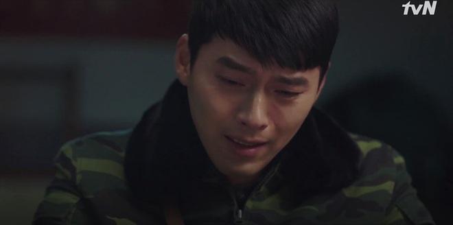 Nghe tin Son Ye Jin bị dọa giết, Hyun Bin bỏ việc chạy luôn sang Hàn Quốc đoàn tụ crush ở tập 10 Crash Landing on You - ảnh 12