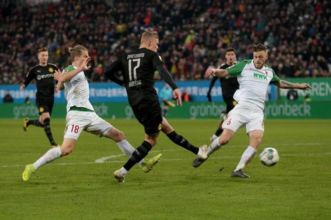 Khó có màn ra mắt nào ấn tượng hơn: Tiền đạo kiêm kỷ lục gia được săn đón nhất châu Âu được thay vào sân phút 56, đến phút 79 ghi xong 3 bàn - ảnh 6