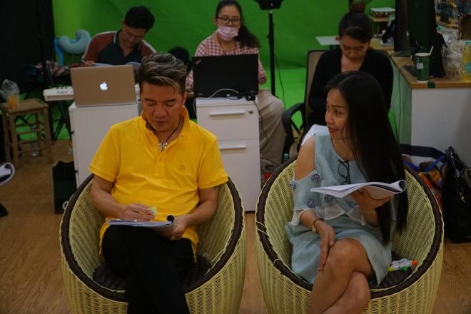 Ngày đầu tập luyện Táo Xuân 2020: Nam Thư gợi cảm, đối lập với Á hậu Kiều Loan cực giản dị - Ảnh 5.