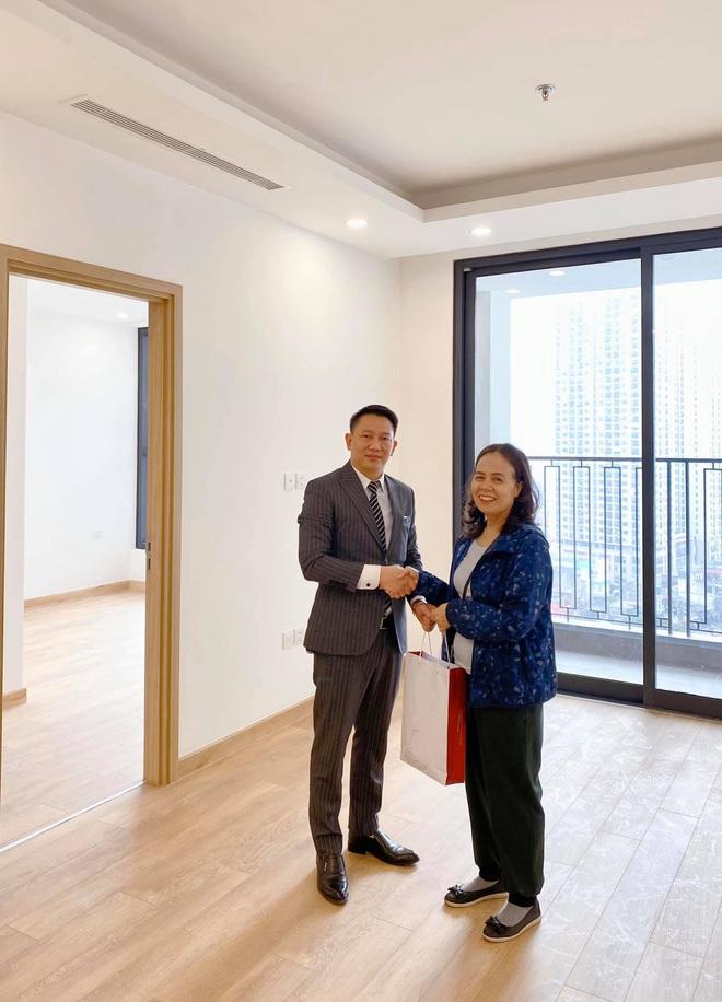 Chơi lớn như Hương Giang ngày cận Tết Nguyên Đán: Mạnh tay mua nhà view toàn thành phố tặng sinh nhật mẹ - ảnh 2