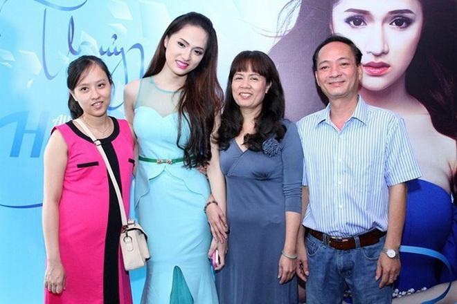 Chơi lớn như Hương Giang ngày cận Tết Nguyên Đán: Mạnh tay mua nhà view toàn thành phố tặng sinh nhật mẹ - ảnh 5