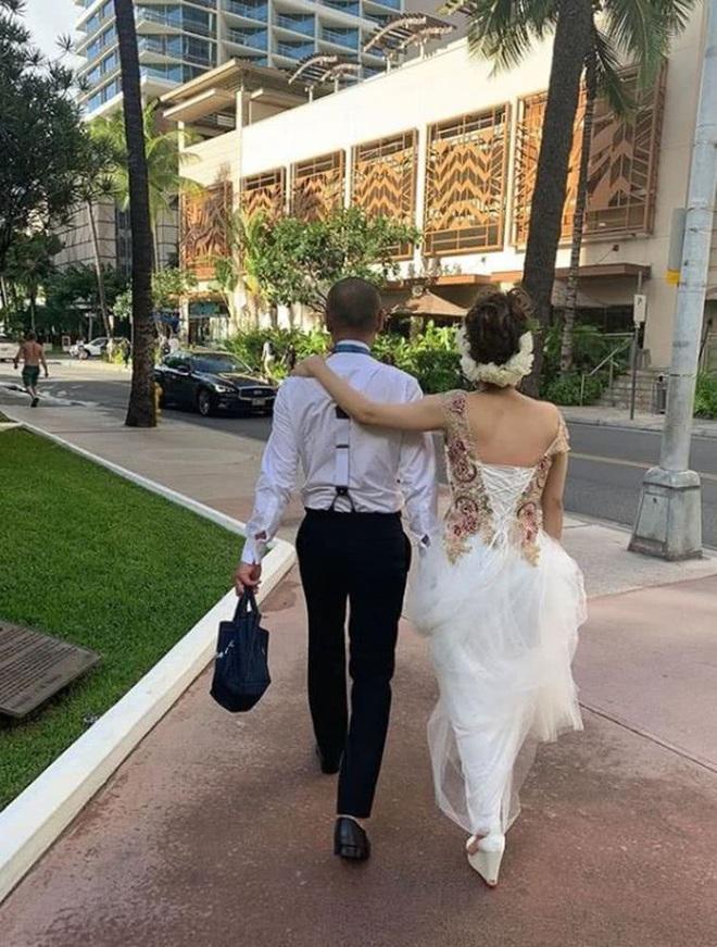 Đám cưới siêu bí mật của Thánh nữ JAV Aoi Sora gây bất ngờ: Mời 16 khách, chỉ rò rỉ 2 tấm ảnh hiếm hoi - ảnh 2