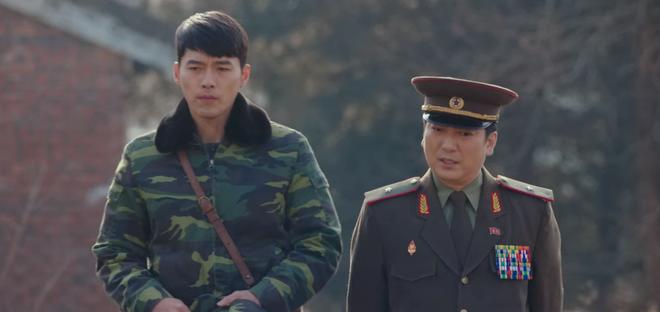 Lộ diện trùm cuối ở Crash Landing On You: Ông cậu tấu hài kiêm người mà Hyun Bin tin tưởng nhất? - ảnh 3
