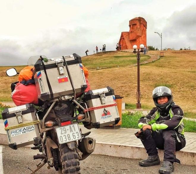 Đầu xuân, gặp cụ ông 66 tuổi đi xe máy qua 39 quốc gia, 40 vùng lãnh thổ: Vì tôi mơ mộng về cái thời trai trẻ mà tất cả chúng ta ai cũng từng có - ảnh 19