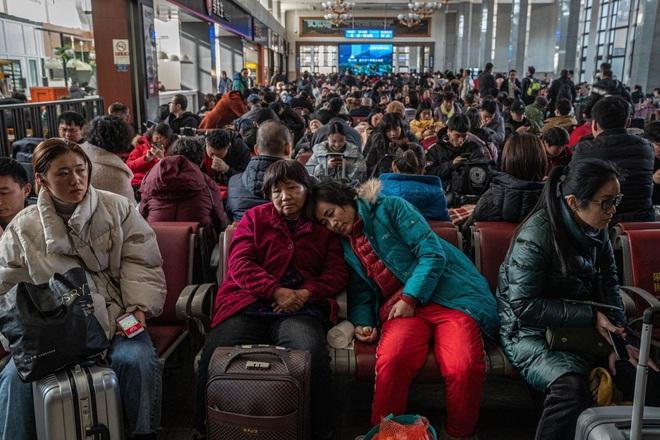 Hàng tỷ người châu Á đếm ngược đón giao thừa, những khung hình đầy 'chất Việt' xuất hiện độc đáo trên CNN - ảnh 6