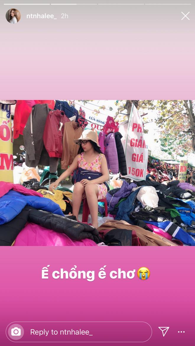 30 Tết của dàn hot girl Việt: Người khoe tài gói nem cực khéo, người chẳng phải làm gì tung tăng dạo phố cuối năm thấy mà thèm - ảnh 6