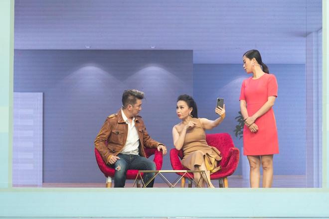 Táo Xuân 2020: Cẩm Ly cosplay Bà Tân, bé Sa - Á hậu Kiều Loan hóa rapper Tiên Vâu - ảnh 6