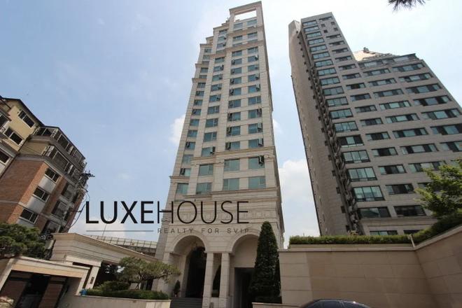 Hé lộ căn hộ V (BTS) dùng 92 tỷ tiền mặt để tậu: View ngắm trọn Seoul, an ninh nghiêm ngặt bảo vệ người giàu và nổi tiếng - ảnh 1