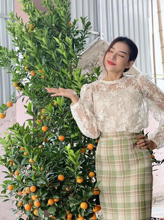 Giản dị về quê ăn Tết nhưng Phan Mạnh Quỳnh lại mạnh tay lì xì 123.456.789 đồng cho bạn gái: Bạn trai nhà người ta là đây! - ảnh 3