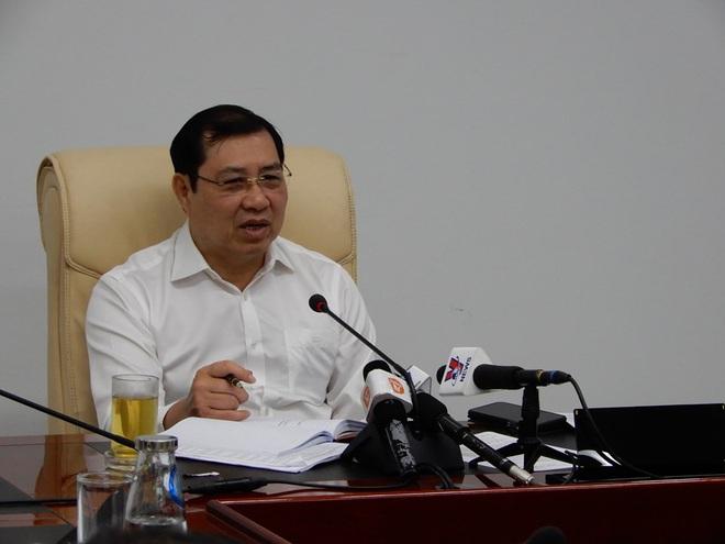 6 du khách Trung Quốc đang bị cách ly tại bệnh viện Đà Nẵng do bị sốt cao - ảnh 2