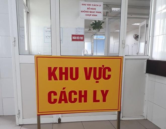 6 du khách Trung Quốc đang bị cách ly tại bệnh viện Đà Nẵng do bị sốt cao - ảnh 1