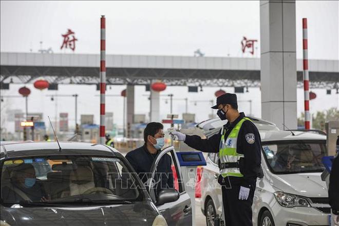 Kích hoạt ứng phó khẩn cấp mức cao tại 30 khu vực cấp tỉnh ở Trung Quốc - ảnh 1