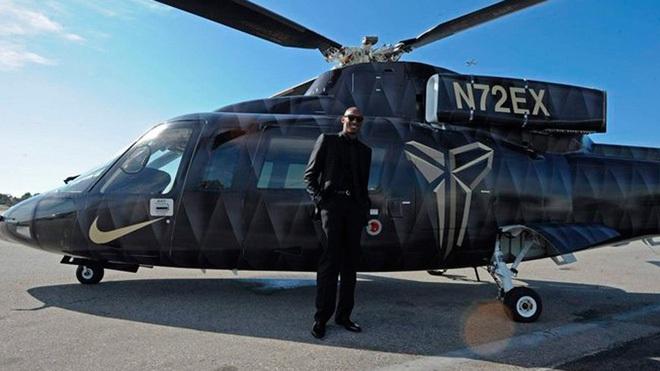 Tiết lộ từ cựu phi công lái máy bay cho Kobe Bryant: Chiếc trực thăng giống như một chiếc limousine và an toàn tuyệt đối. - ảnh 2
