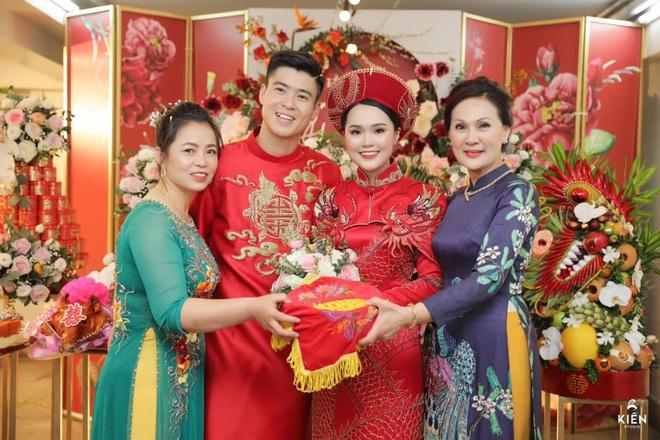 Quỳnh Anh tiết lộ Duy Mạnh từng kiên trì cả năm để lừa mình, địa điểm tổ chức đám cưới cũng là nơi gặp gỡ lần đầu tiên - ảnh 1