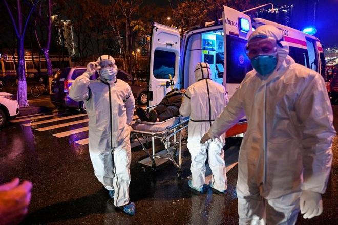 Cập nhật dịch viêm phổi Vũ Hán: Đã có 80 người chết, hơn 2700 trường hợp nhiễm virus, lan ra nhiều quốc gia và đến giờ vẫn chưa có vaccine - ảnh 1