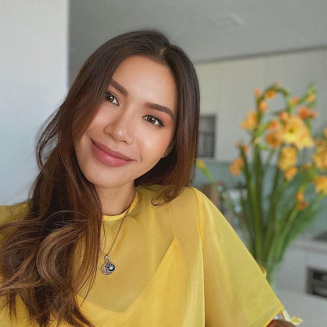 Kiểu makeup chơi Tết của loạt sao Việt: Người sắc nét hơn mọi ngày, người nhẹ nhàng mà vẫn tươi - ảnh 5