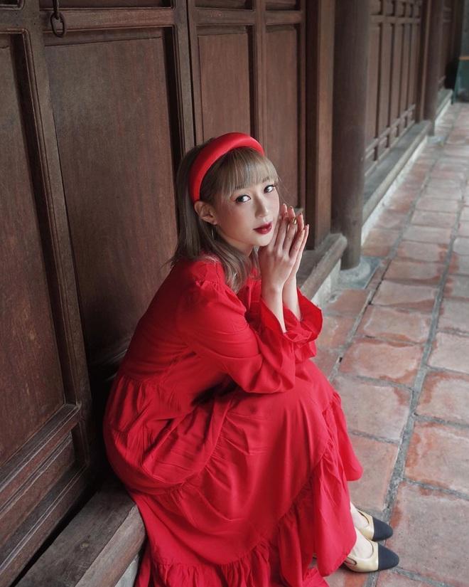 sunht825745391066811640317878516135923851327338n 15801784340741568630741 - Kiểu makeup chơi Tết của loạt sao Việt: Người sắc nét hơn mọi ngày, người nhẹ nhàng mà vẫn tươi