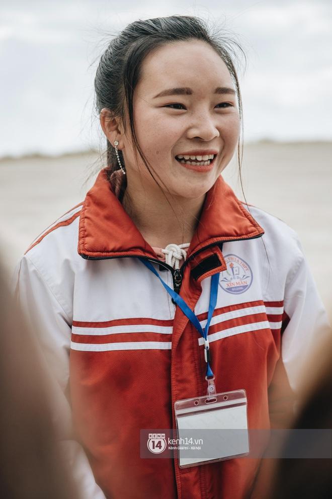 Chuyện buồn phia sau ngôi trường trên mây đẹp nhất Việt Nam: Đi bộ hàng cây số đến trường, con cái học quá giỏi lại trở thành gánh nặng cho cha mẹ - ảnh 7