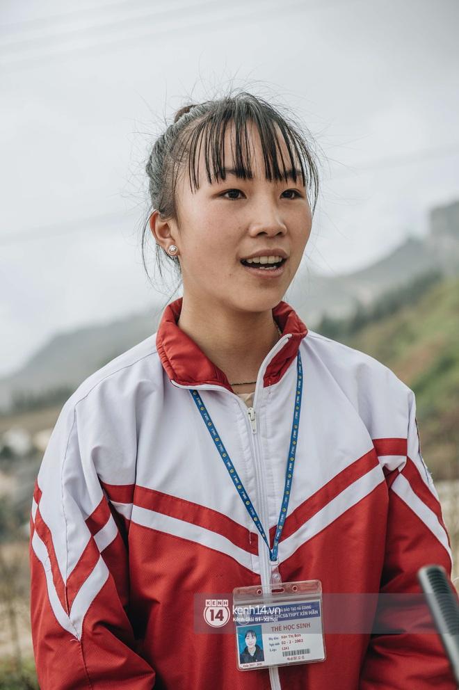 Chuyện buồn phia sau ngôi trường trên mây đẹp nhất Việt Nam: Đi bộ hàng cây số đến trường, con cái học quá giỏi lại trở thành gánh nặng cho cha mẹ - ảnh 5