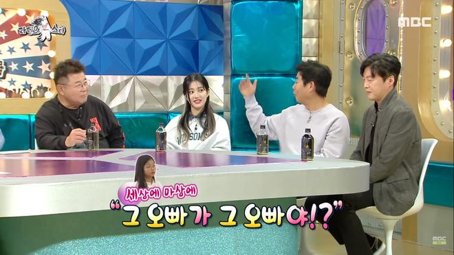 Tài tử series Reply tiết lộ chuyện V (BTS) tặng quà cho con gái mình: Cứ thế này bảo sao fan không đổ rầm rầm? - Ảnh 4.