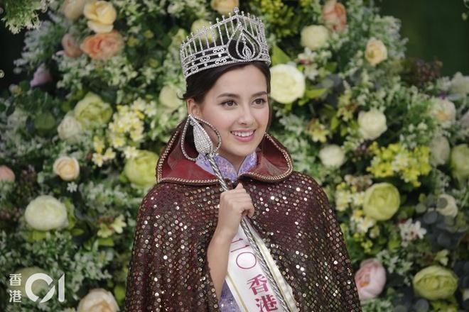 Hoa hậu Hong Kong 2020 đẹp nhất nhiều năm qua: Tiên nữ lai Âu - Á chỉ cao 1m60, không thạo tiếng Hong Kong và hoàn toàn mù mịt về showbiz - Ảnh 1.
