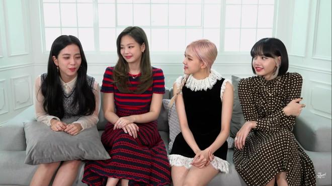 BLACKPINK giao lưu trên talkshow Mỹ: Jisoo tự tin hơn dù chỉ được hỏi đúng 1 câu tiếng Anh - Ảnh 3.