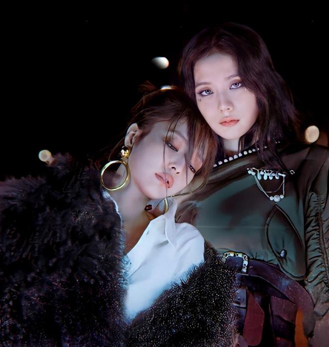 Hoá ra Lovesick Girls ban đầu tên là Lonely Girls, nghe bản demo Rosé hát xong fan hối YG phát hành luôn bản này đi! - Ảnh 5.