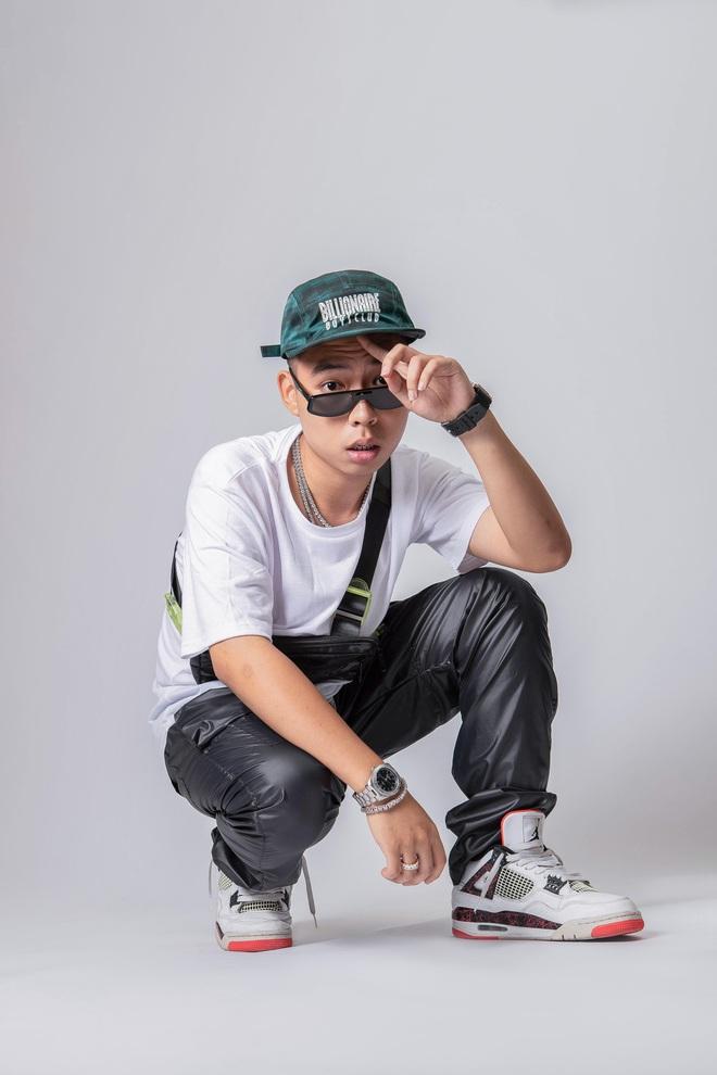 Top 10 King Of Rap: Pháo lột xác đọ vẻ quyến rũ với Á hậu Lona, HIEUTHUHAI lần đầu diện style Hip-hop - Ảnh 19.