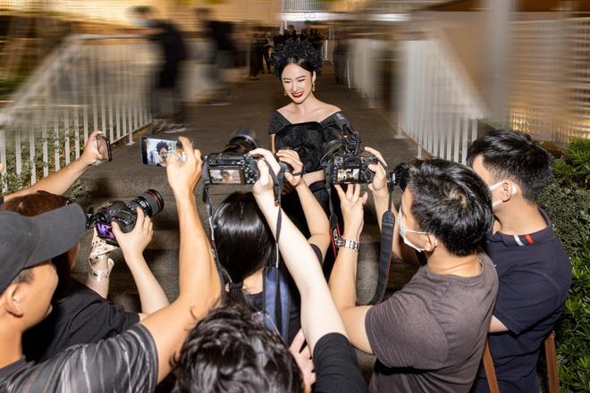 Angela Phương Trinh nữ hoàng thảm đỏ ngày nào đã comeback: Chặt chém sự kiện, lộ ảnh cam thường nhưng có được như PTS? - Ảnh 4.