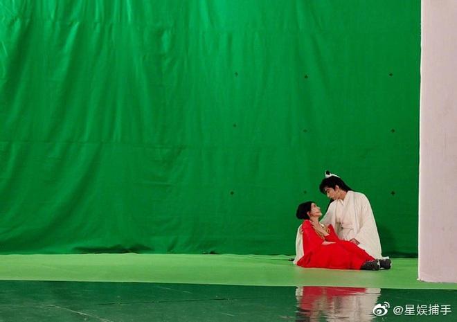 Thành Nghị - Triệu Lộ Tư tái hiện Trần Thiên Thiên siêu ngọt nhưng phản ứng của fan mới lạ lùng - Ảnh 1.