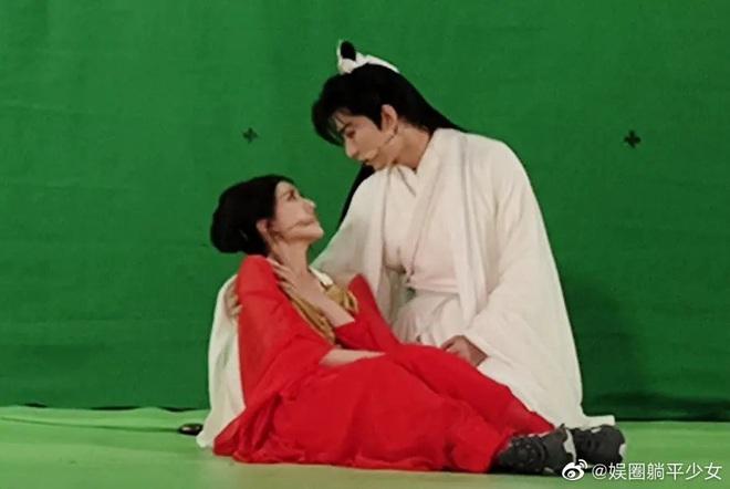 Thành Nghị - Triệu Lộ Tư tái hiện Trần Thiên Thiên siêu ngọt nhưng phản ứng của fan mới lạ lùng - Ảnh 2.