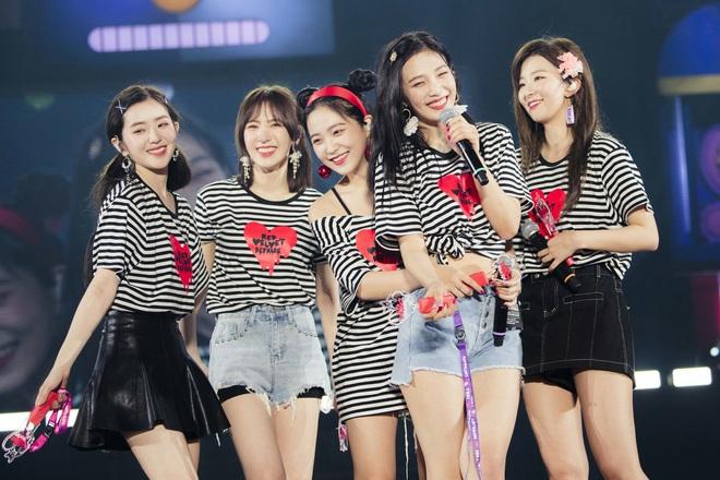 Giữa bão scandal, fan Red Velvet tung bằng chứng dập lại cư dân mạng về mối quan hệ của Irene và các thành viên - Ảnh 18.