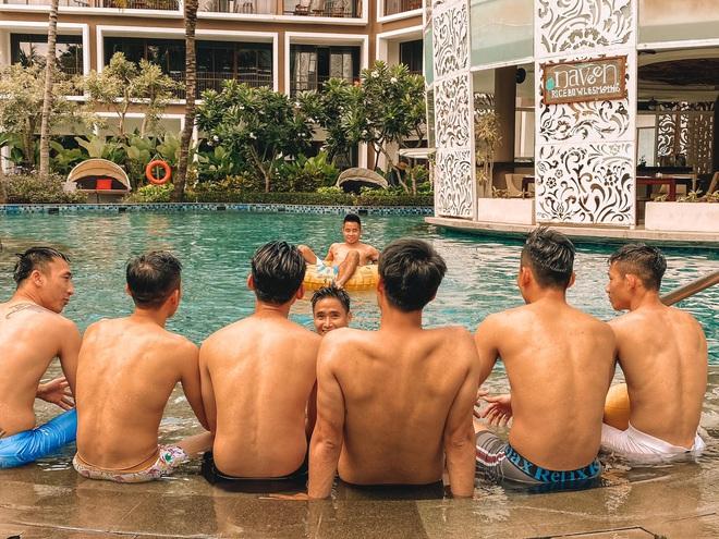 Mạc Hồng Quân khoe ảnh check-in sang chảnh ở Bali nhưng đằng sau là câu chuyện buồn: Vùa thua trận lại bị móc sạch túi - ảnh 5