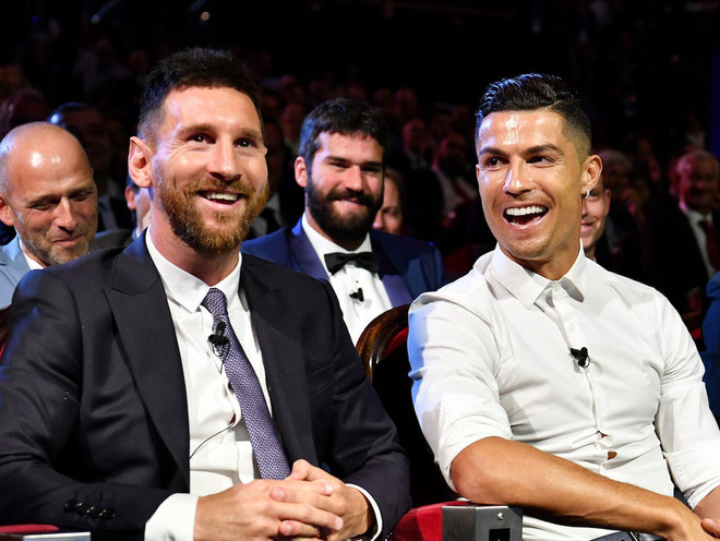 Đọc trộm nhật ký của Ronaldo khi Messi về chung đội - ảnh 2
