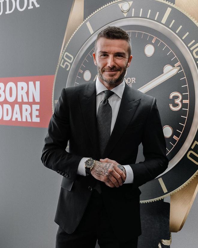 Chụp ảnh quảng cáo sương sương, nhưng ông chú David Beckham vẫn manly chết ngất, khiến đám đàn em còn phải chạy dài - ảnh 7