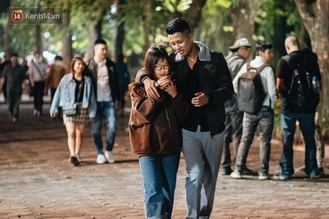 Tóm tắt Valentine giữa mùa dịch của các cặp đôi: Hẹn hò kèm cái khẩu trang nhưng vẫn thừa vui, dư lãng mạn! - ảnh 3